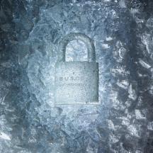 ice_lock_vertical